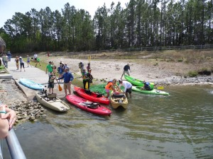 Kayak Launch People 2